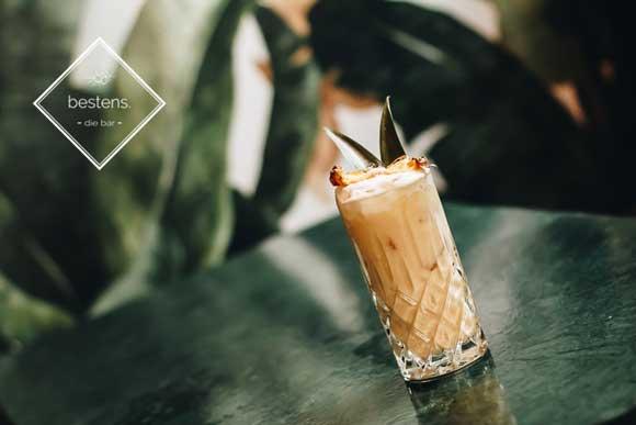 cocktail love puff colada