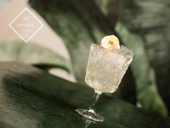 cocktail-mit-tequila-und-kokos